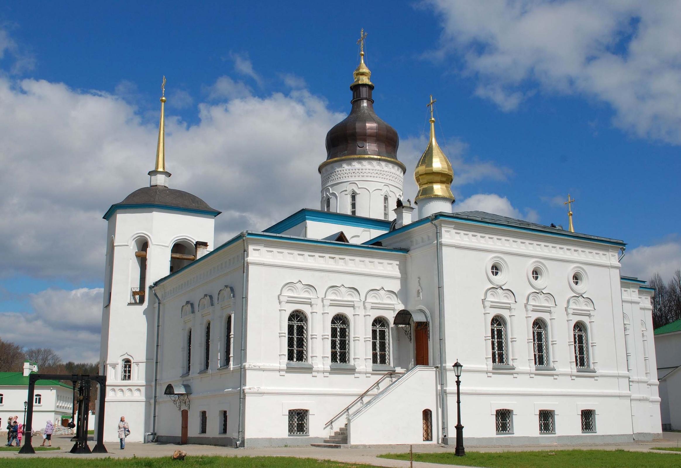 Спасо-Елеазаровский женский монастырь,  Псковская область, д. Елизарово
