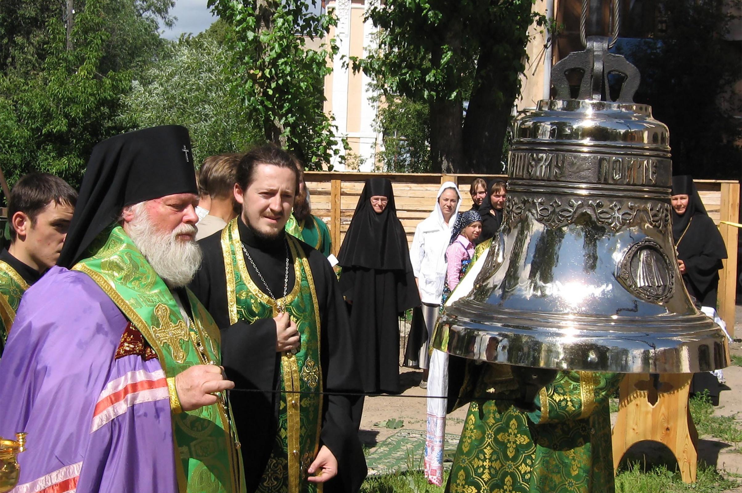 Церковь Преполовения Пятидесятницы Подворье Спасо-Елеазаровского женского монастыря г. Псков
